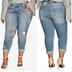 Melissa McCarthy Seven7 Embroidered Floral Jeans